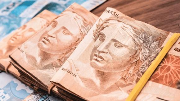 Copom mantém taxa Selic em 2% ao ano: Efeitos no Crédito, Consumo e Inflação